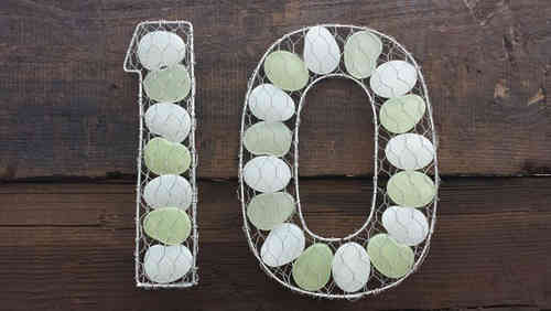 STUNNING UNIQUE house numbers that GLOW in the dark!